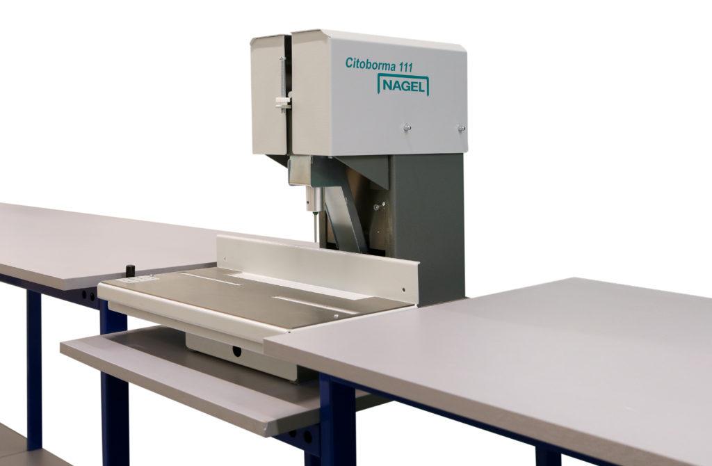 Stanowisko do cięcia plis i wiercenia otworów w plisie -PPS-T